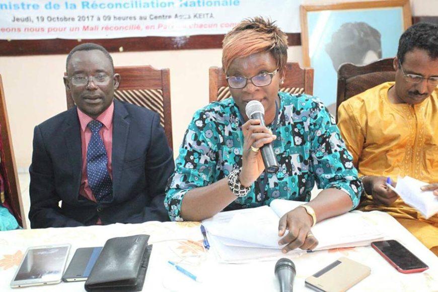 Table ronde sur l'accord pour la paix et la réconciliation national