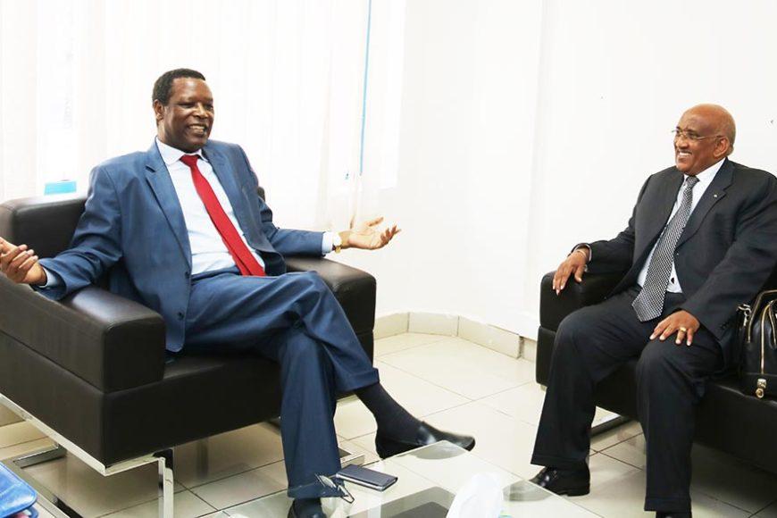 Le Haut Représentant de l'UA pour le Mali et le Sahel et Chef de la MISAHEL, SEM Pierre Buyoya a reçu une délégation de  l'Organisation Internationale de la Francophonie (OIF) conduite par SEM Dileita Mohamed Dileita, ancien Premier Ministre du Djibouti