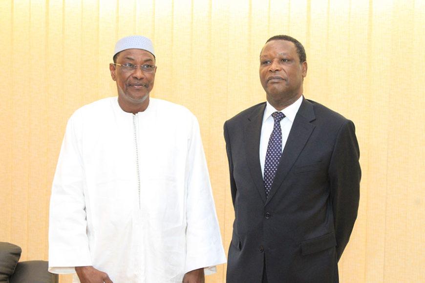 Communiqué de Presse n° 001/ 2017 : S.E.M le Premier Ministre Abdoulaye Idrissa Maïga, Premier Ministre du Mali Reçoit en Audience le Président Pierre Buyoya