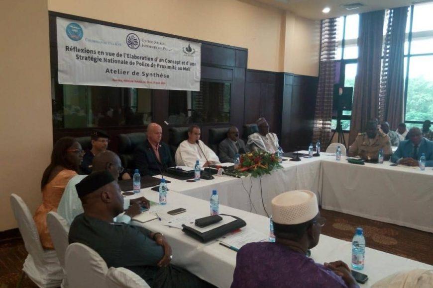 La MISAHEL contribue aux réflexions sur le concept de la police de proximité au Mali