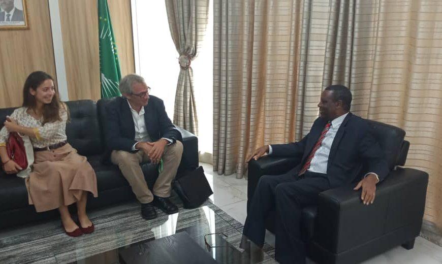 SEM Pierre Buyoya,  Haut Représentant de l'Union africaine pour le Mali et le Sahel ( MISAHEL) a reçu en audience M.Eric Blanchot , Directeur général de Promediation