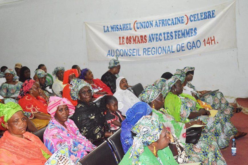 La composante droits de l'Homme de la Mission de l'Union africaine pour le Mali et le sahel a célébré la journée du 8 mars, journée internationale de la femme, à Gao à travers deux importantes activités