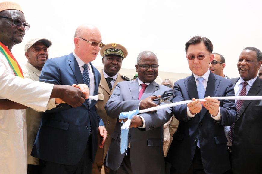 Le Commissaire à la Paix et à la Sécurité de l'UA et le Ministre malien de la Défense inaugurent l'hôpital de Niveau II de l'Union africaine déployé à Gao