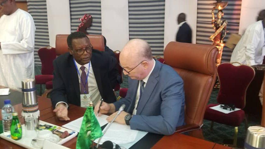 HR en concertation avec le Commissaire Paix et Sécurité de l'UA sur le message à délivrer durant la réunion ministérielle préparatoire au sommet des Chefs d'État de la CEDEAO.