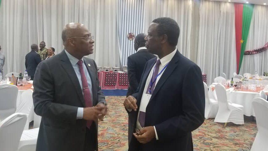 Le Haut Représentant, échange avec le Président de la Commission de la CEDEAO en marge du sommet des chefs d'État de la CEDEAO sur la lutte contre le terrorisme