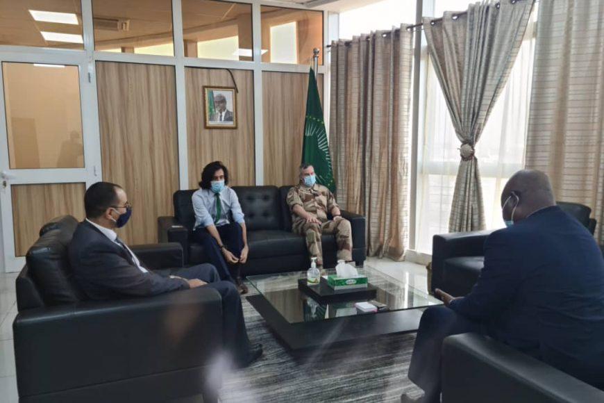 Haut  Représentant  par intérim M. Fulgence Zeneth de la MISAHEL a rencontré le Général Vidal commandant la force française Barkhane ce jour 17 février 2021