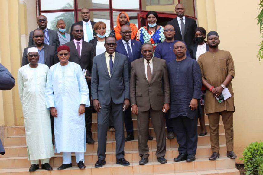 Le Comité Local de suivi de la Transition au Mali rencontre le Ministre de la refondation de l'Etat chargé des relations avec les institutions