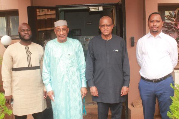 Visite de courtoisie du Haut Représentant de l'Union africaine pour le Mali et le Sahel au Président du Forum de Bamako
